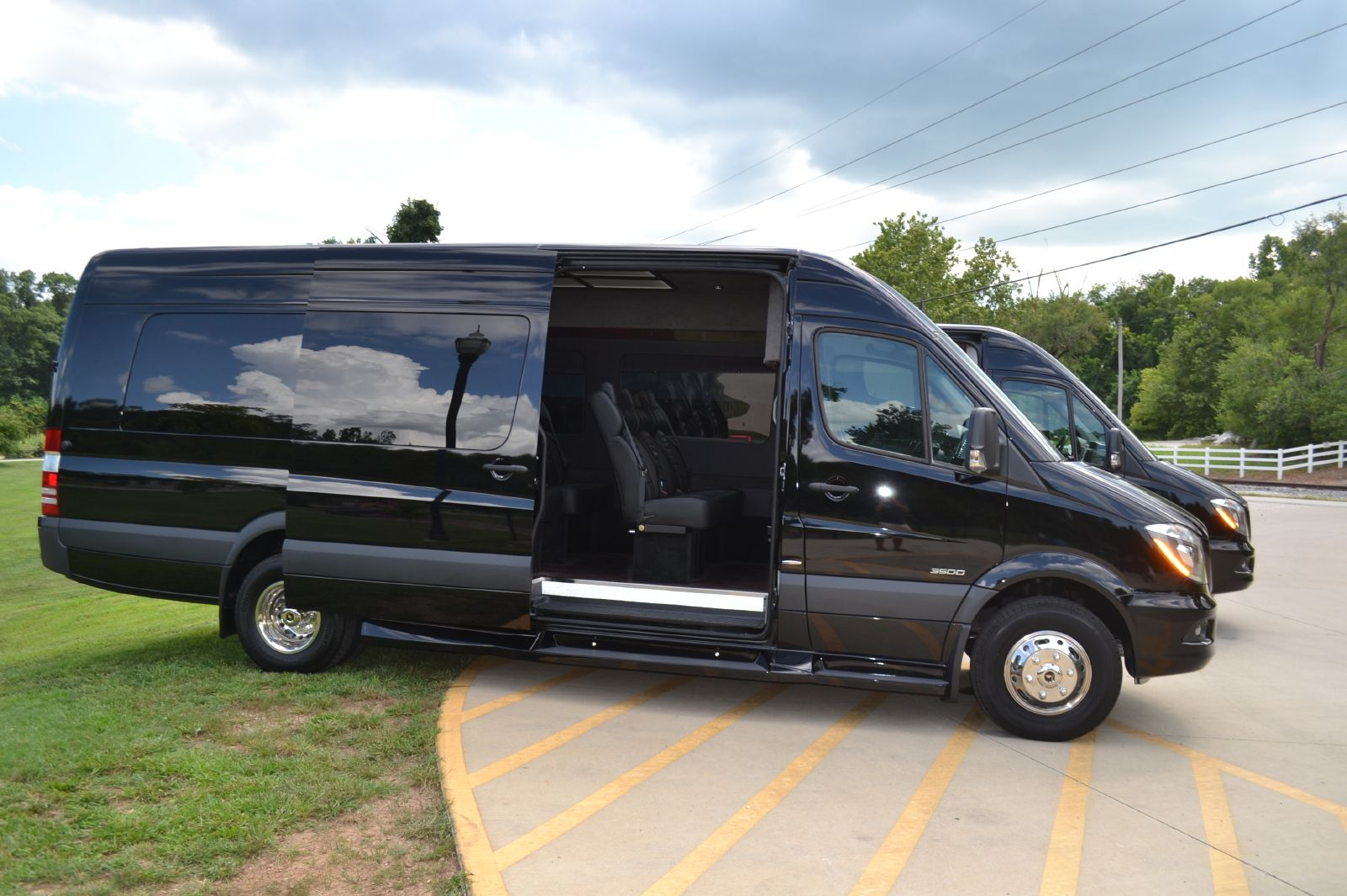 Hire vip executive mercedes sprinter van for Mercedes benz sprinter luxury van price