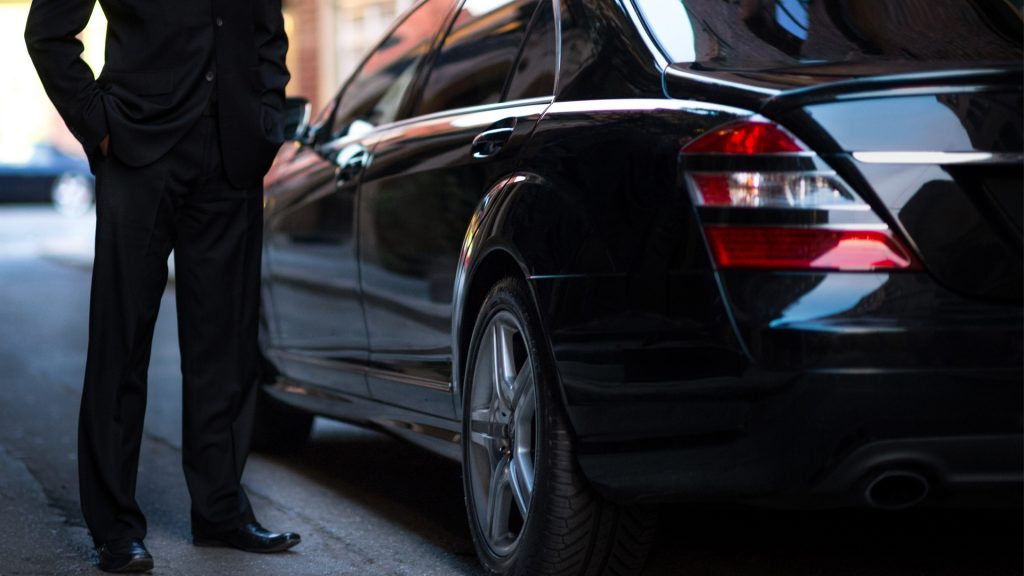 Luxury Airport Sedan & Local DC Car Limo Services in DC, DCA, BWI, IAD airport