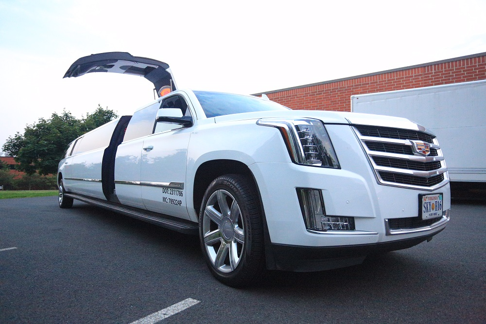 luxury 14 -20 passenger stretch SUV limousine to hire in DC, MD, VA